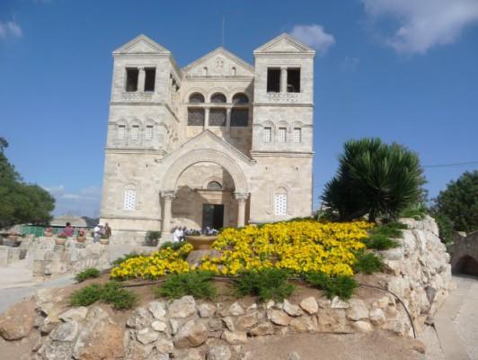 Католическая базилика Преображения на горе Фавор.