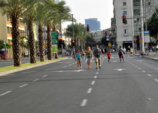 Улицы Тель – Авива в Судный день. (2)