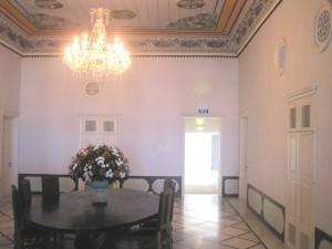 Гостиная старинного арабского особняка в Акко