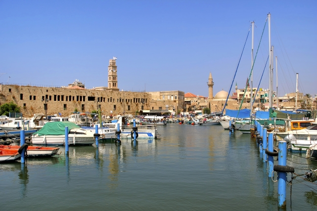 Панорама порта и старого города в Акко