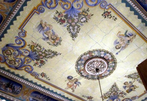 Расписной потолок дома в Назарете