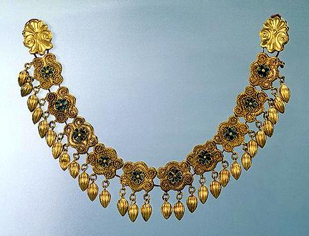 golden-necklace