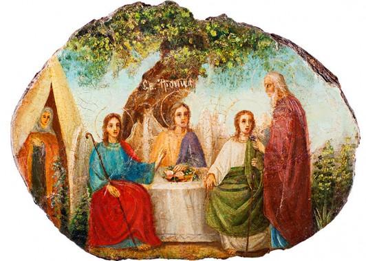 Современная икона, написанная на срезе Мамрийского дуба – Святая Троица, праотец Авраам и Сарра.