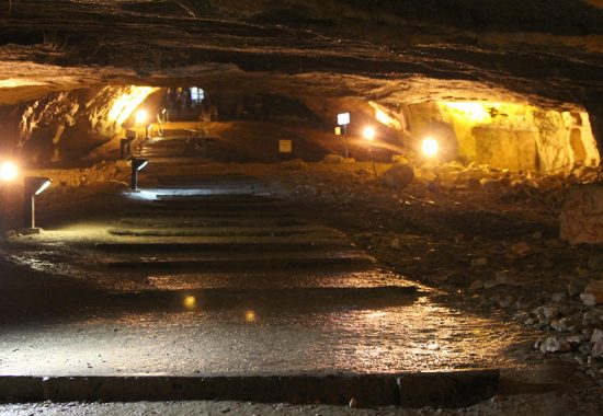 Пещера Цидкиягу в Иерусалиме