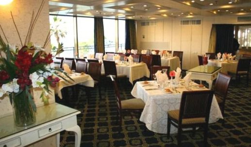 seasons-hotel-netanya-dining-room
