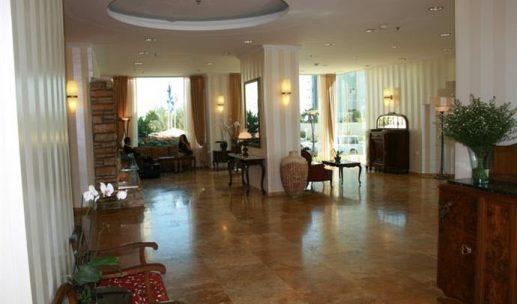 seasons-hotel-netanya-lobby
