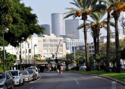 Улицы Тель – Авива в Судный день.