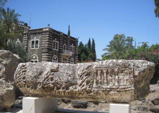 Изображение ковчега Завета. Раскопки в Кфар-Нахум