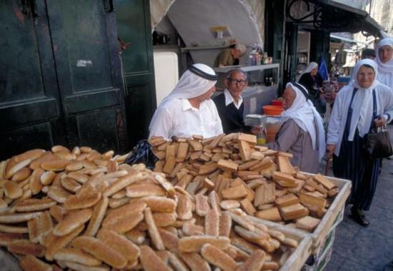 Арабский рынок в Иерусалиме.