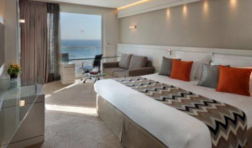 crowne-plaza-hotel-tel-aviv-room